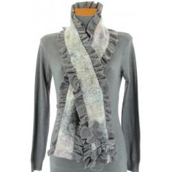 écharpe longue laine bouillie fleurs volants  gris ANATOLE