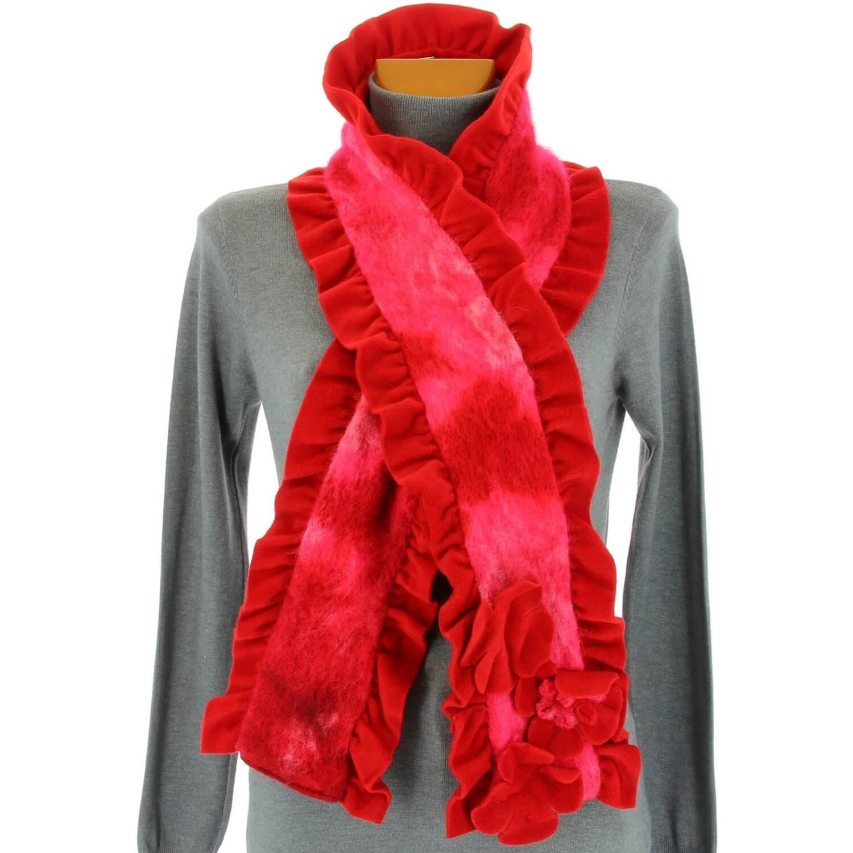 6c168b610c67 écharpe longue laine bouillie fleurs volants rouge ANATOLE