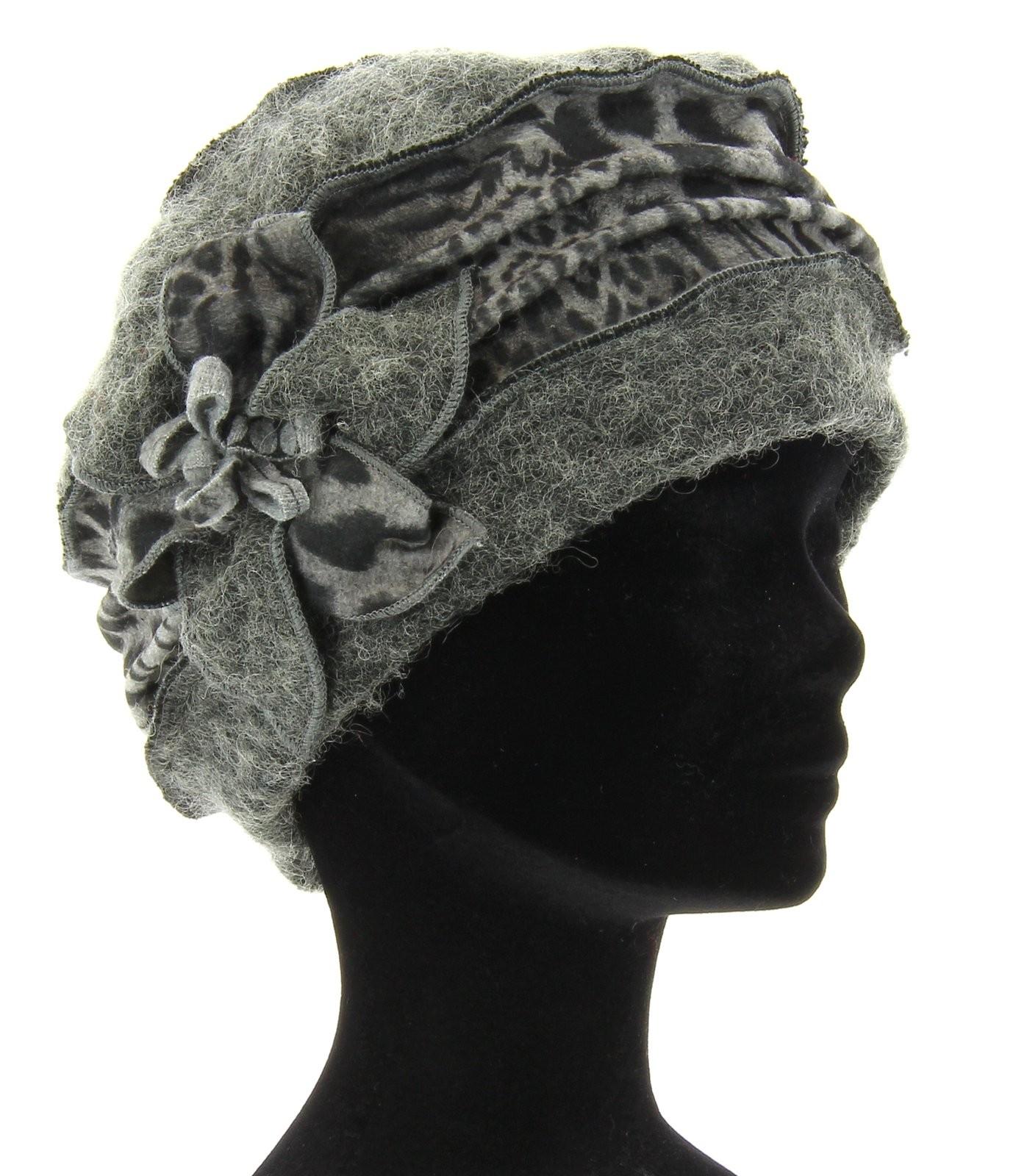 bonnet leopard femme gros leopard gris bonnet leopard pas cher femme accessoires paris. Black Bedroom Furniture Sets. Home Design Ideas