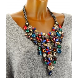 Gros collier plastron couture cristal rouge IMPERATRICE