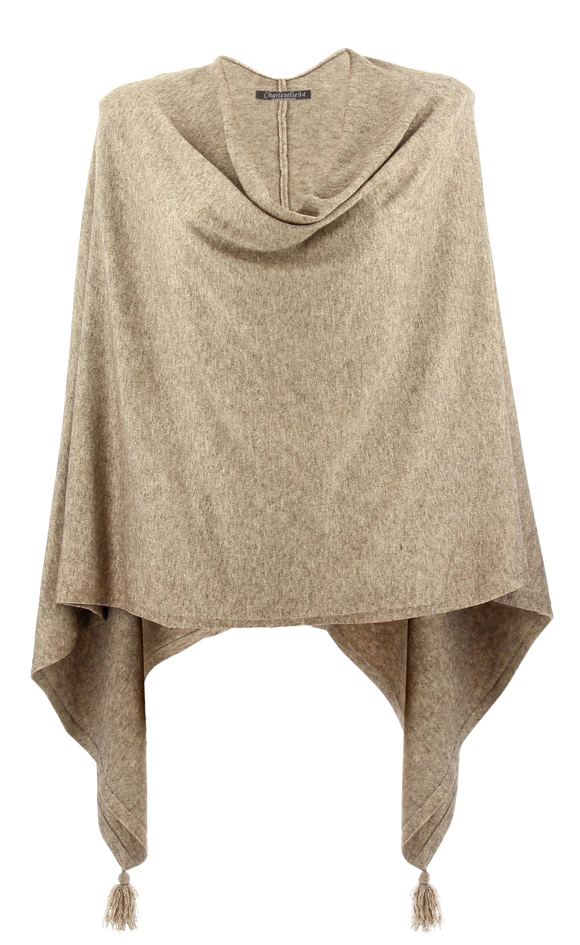 poncho cape femme hiver pompons taupe charlou. Black Bedroom Furniture Sets. Home Design Ideas