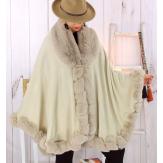 Cape poncho fourrure femme grande taille beige FJORD Cape femme grande taille
