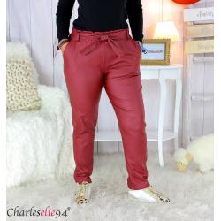 Pantalon simili cuir stretch carotte femme grande taille GABY bordeaux Pantalon femme grande taille